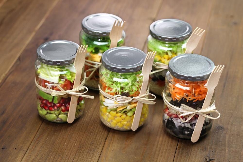 Salad jars with spork tied on